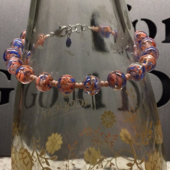 Pink and blue glass beads bracelet